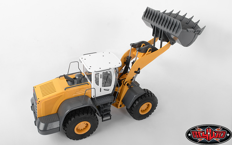 RC4WD 1/14 Scale Earth Mover 870K Hydraulic Wheel Loader With White Cab