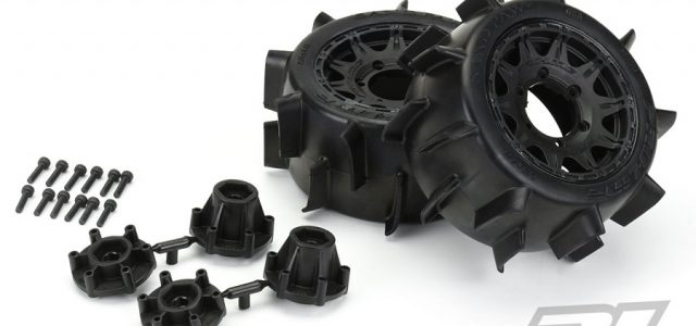 Pro-Line Sand Paw LP 2.8″ Sand Tires Mounted On Raid Wheels