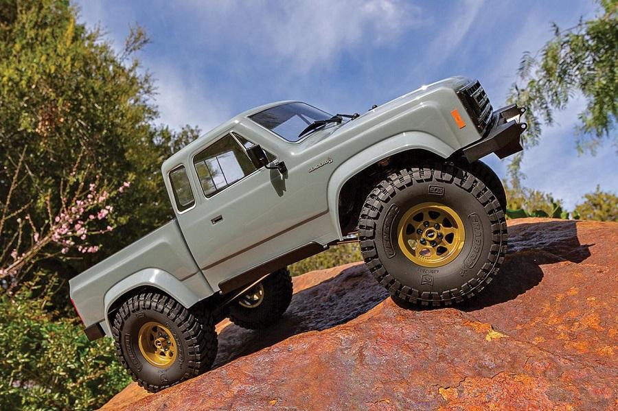 Element RC Enduro Trail Truck With Sendero Body RTR