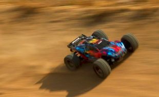 High-Speed Desert Descent With The Traxxas Rustler 4X4 VXL [VIDEO]