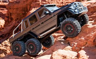 Traxxas TRX-4 Mercedes-Benz G 63 AMG 6×6 [VIDEO]