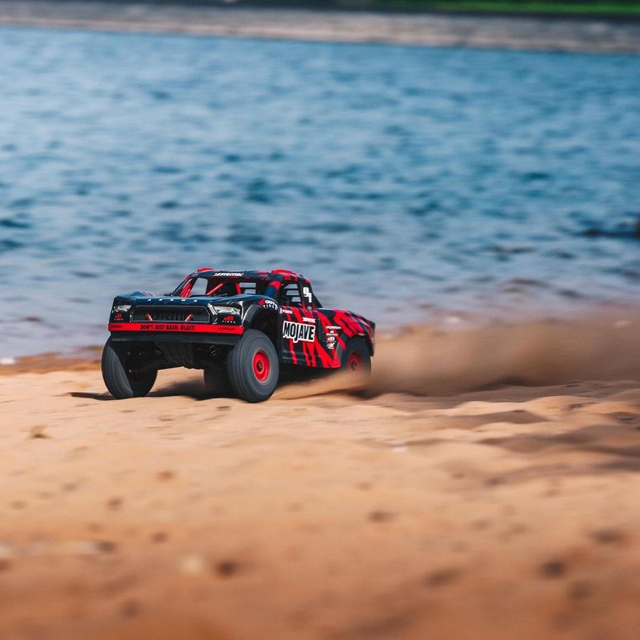 ARRMA 1/7 MOJAVE 6S BLX 4WD Desert Racer RTR