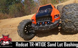 Thrashing In The Sand With The Redcat TR-MT10e Monster Truck [VIDEO]