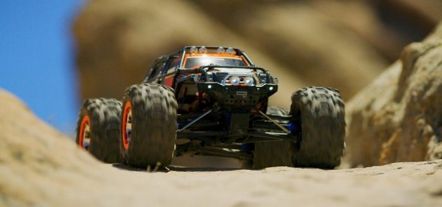 Traxxas Summit Hilltop Adventure [VIDEO]