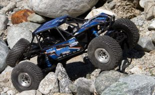 Axial 1/10 RR10 Bomber 2.0 4WD RTR [VIDEO]