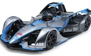 Tamiya TC-01 Chassis With Formula E Gen2 Body [VIDEO]