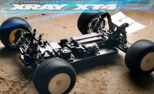 XRAY 1/10 Electric 4WD Truggy