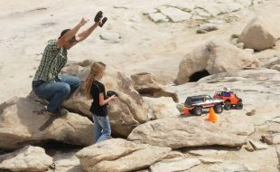 Dad & Daughter Hill Climb Family Fun With The Traxxas TRX-4 [VIDEO]
