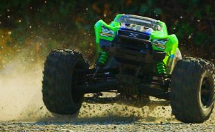 Ultimate 8s Thrill Ride With The Traxxas X-Maxx [VIDEO]