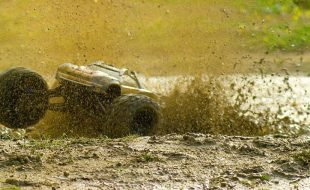 Mud Day Adventure With The Traxxas E-Revo [VIDEO]