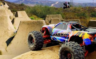 MAXX Mega Jumps With The Traxxas Maxx [VIDEO]
