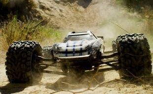 Out Of The Park With The Traxxas E-Revo [VIDEO]