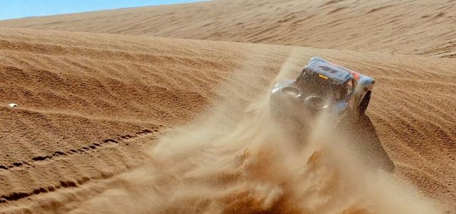 Sahara Shred With The Traxxas Unlimited Desert Racer [VIDEO]