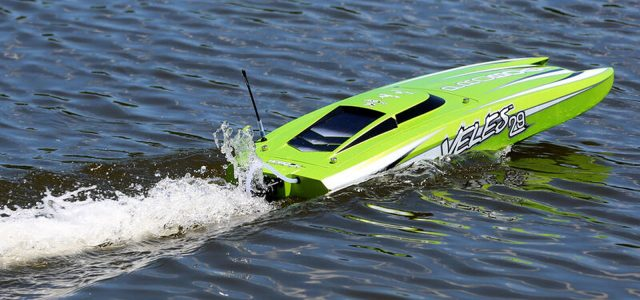Pro Boat Veles 29″ Brushless Catamaran RTR [VIDEO]