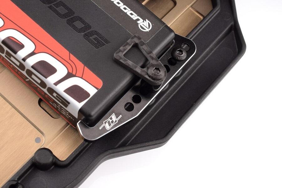 Revolution Design Aluminum Battery Mount Set For The B6.3, T6.2 & SC6.2
