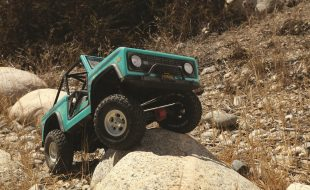 Axial's SCX10 III Early Ford Bronco Takes RTR Scale Details To Another Level
