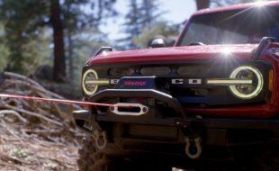 Scale Crawler Winch Rescue With The Traxxas Pro Scale Winch & Bronco [VIDEO]